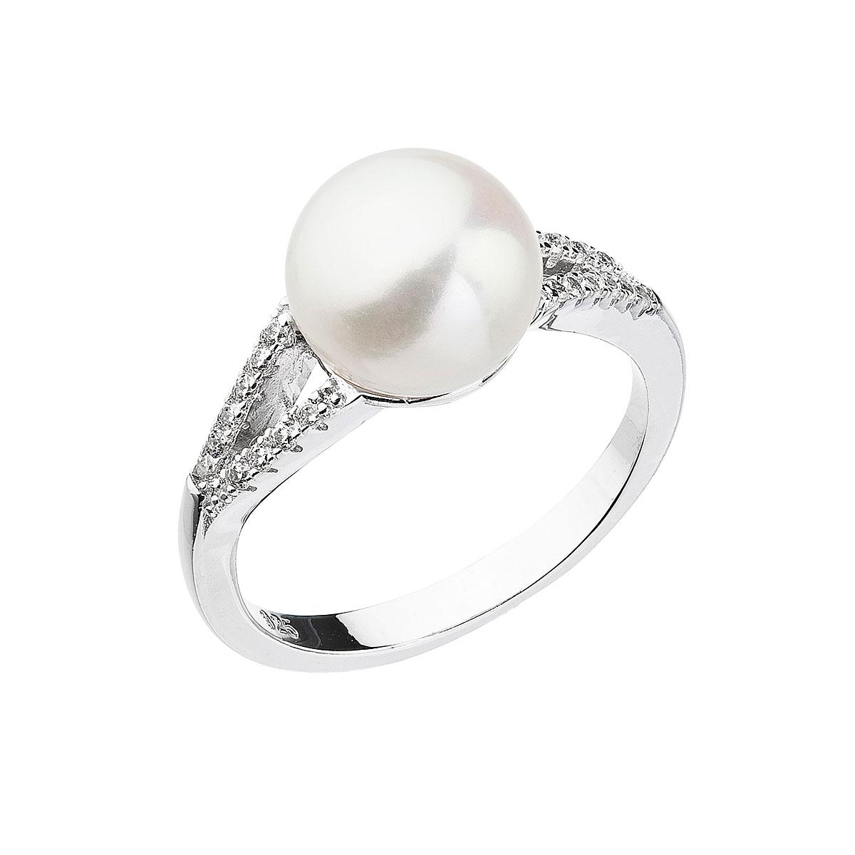 Strieborný prsteň s bielou riečnou perlou 25003.1