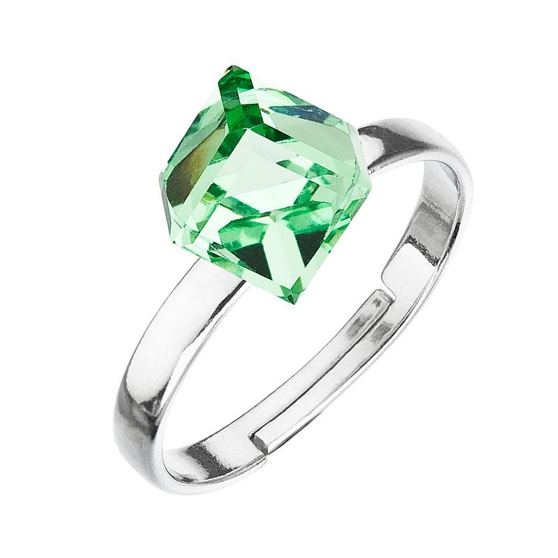 Strieborný prsteň s krištáľmi zelená kostička 35011.3